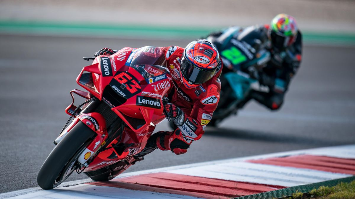 Francesco Bagnaia (Ducati Team) lors des essais libres du Grand Prix du Portugal, le 16 avril 2021