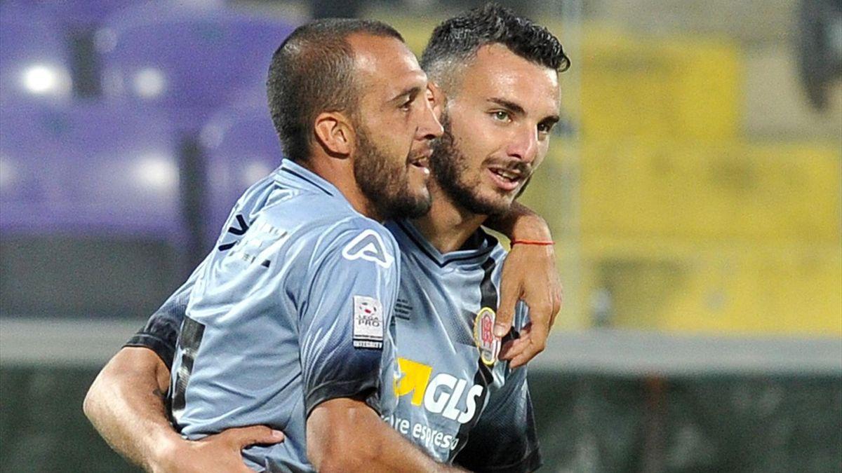 Pablo Gonzalez (Alessandria) esulta dopo la doppietta realizzata contro la Reggiana nei playoff di LegaPro 2016-17 (LaPresse)