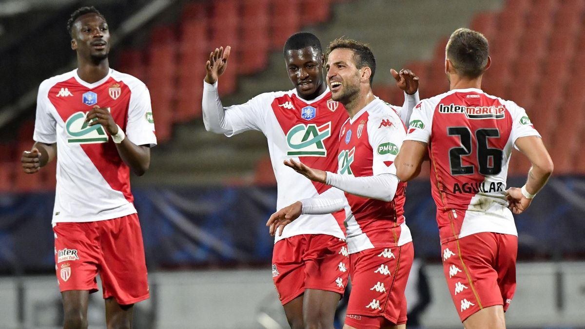 AS Monaco celebrating final in French Cup