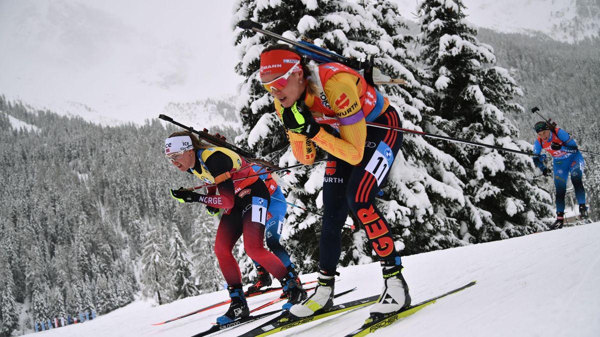 Denise Herrmann (vorne) ist in Antholz bei der Frauen-Staffel mit dabei