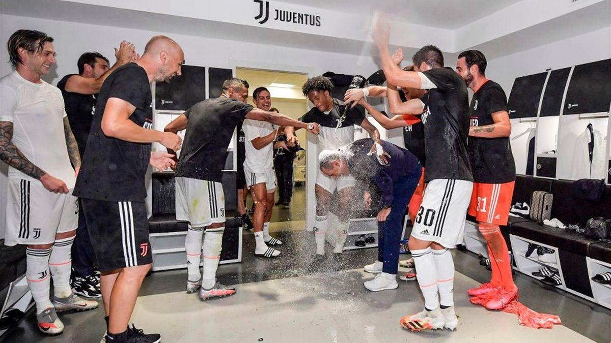 Maurizio Sarri a cucerit primul său titlu din istorie, cu Juventus