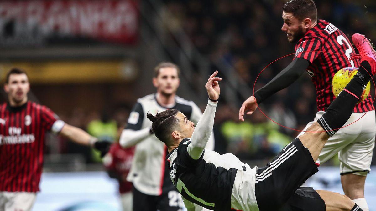 Cristiano Ronaldo, Calabria - Milan-Juventus - Coppa Italia 2019/2020 - Getty Images