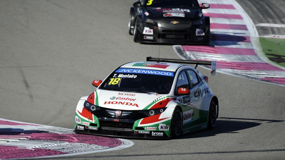 Tiago Monteiro (Front) will den nächsten Sieg