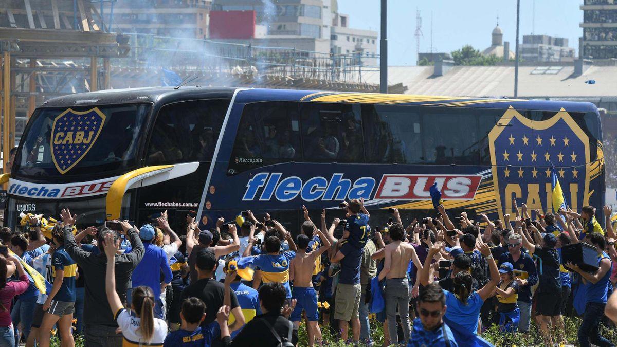 Skandal vor Superclasico - Fans bewerfen Boca-Bus