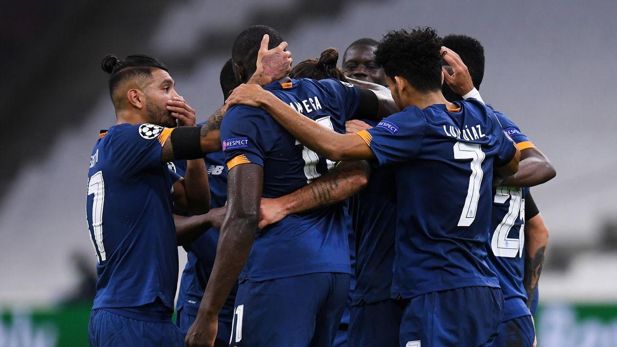 Sergio Oliveira of FC Porto celebrates