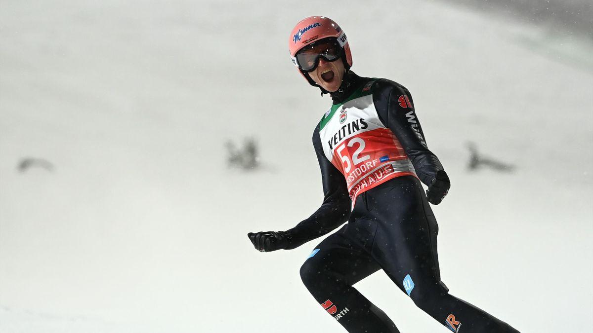 Der Oberstdorfer Karl Geiger hat bei der Nordischen Ski-WM ein echtes Heimspiel