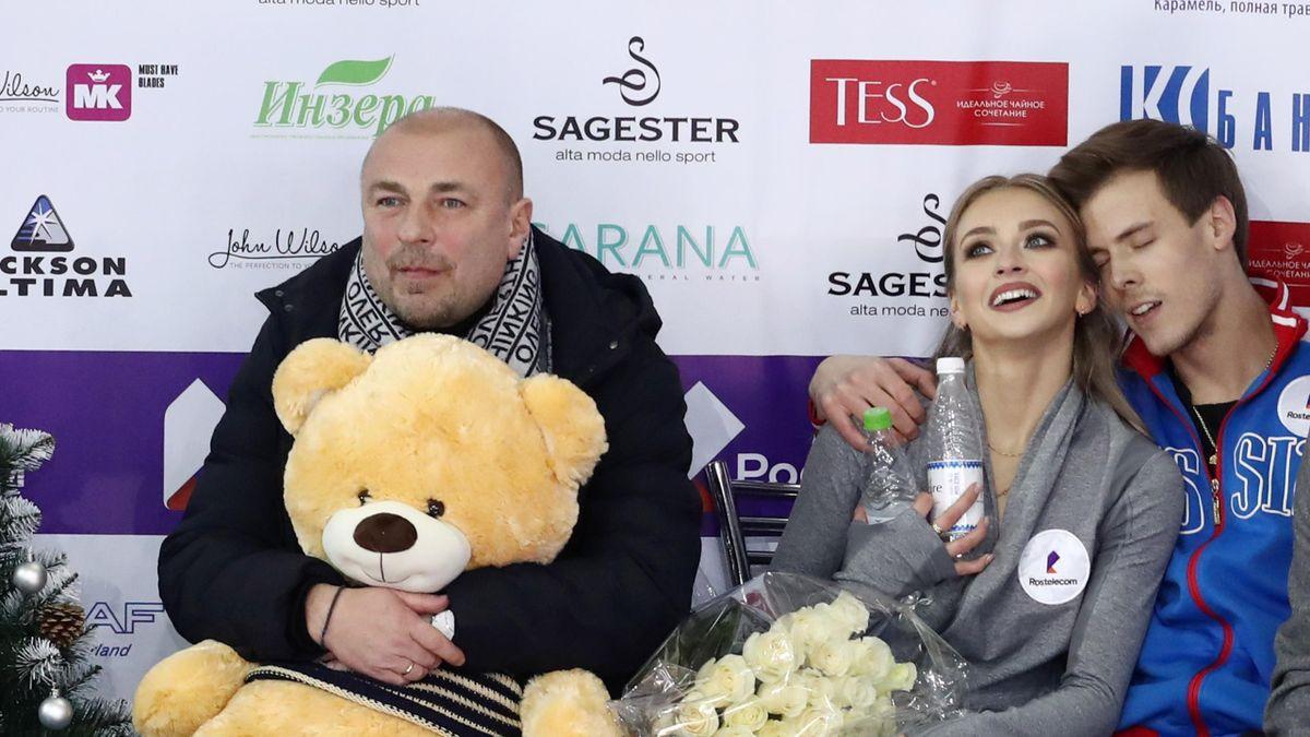 Александр Жулин с Викторией Синициной и Никитой Кацалаповым