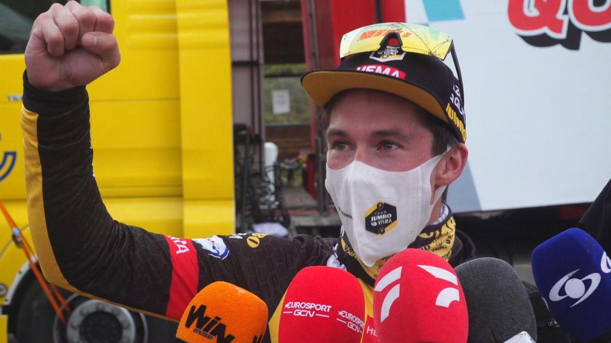 """La Vuelta   """"Waar ben ik aan begonnen?"""" - Roglic telde af tijdens solo"""