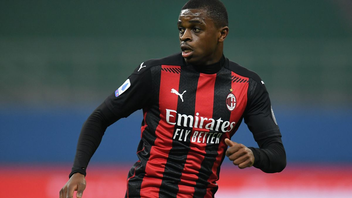 Pierre Kalulu avec l'AC Milan