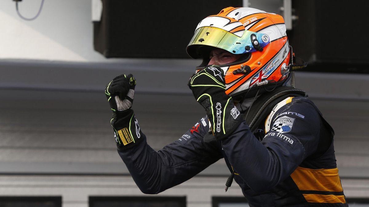 Alex Lynn (DAMS) vainqueur de la Course 1 à Mogyorod en 2015