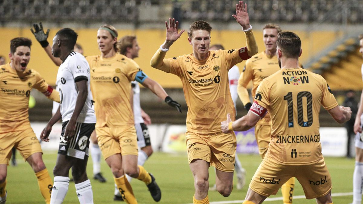 Kasper Junker jubler etter 1-0-målet mot Rosenborg