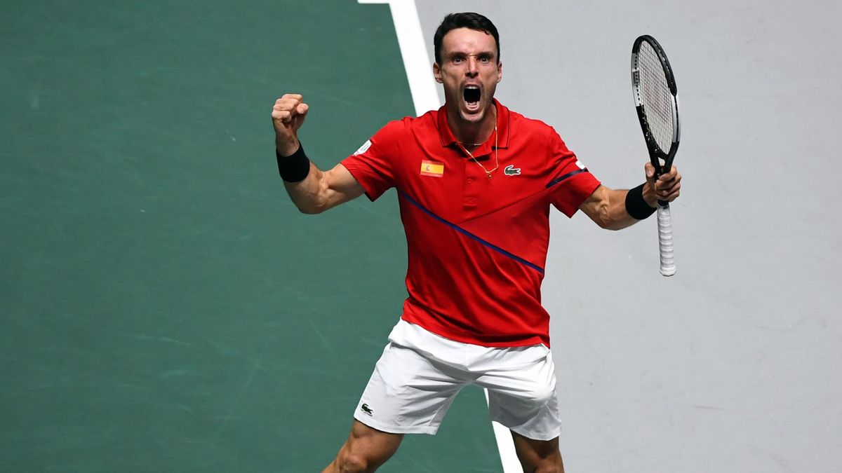 Roberto Bautista Agut celebrates for Spain in the Davis Cup final in Madrid