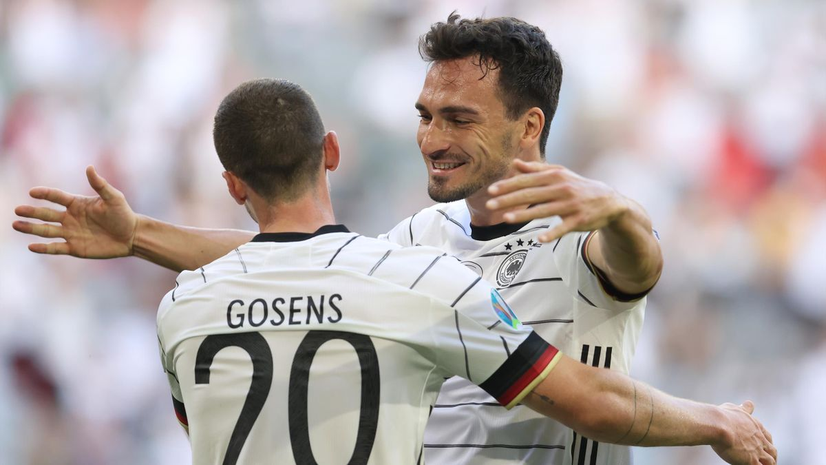 Robin Gosens of Germany celebrates with Mats Hummels after scoring their side's fourth goal