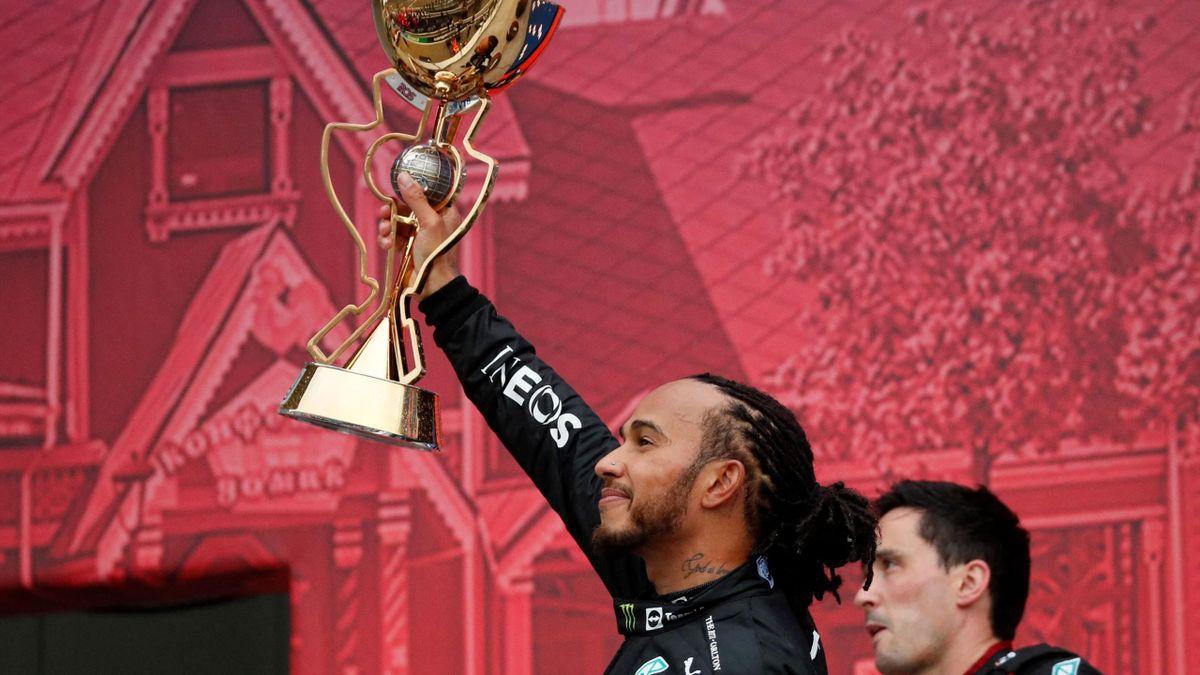 Lewis Hamilton festeggia la vittoria n°100 sul tracciato di Sochi, Formula 1, GP Sochi, Getty Images