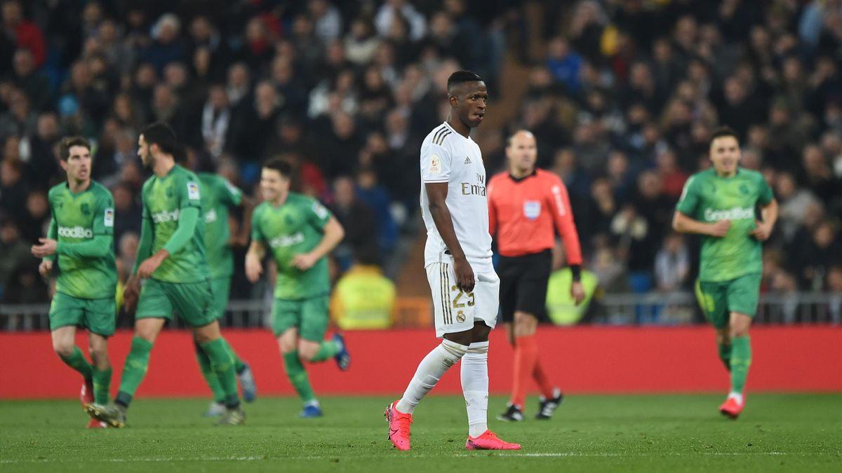 Vinicius déçu lors du quart de finale Real Madrid-Real Sociedad en Copa del Rey