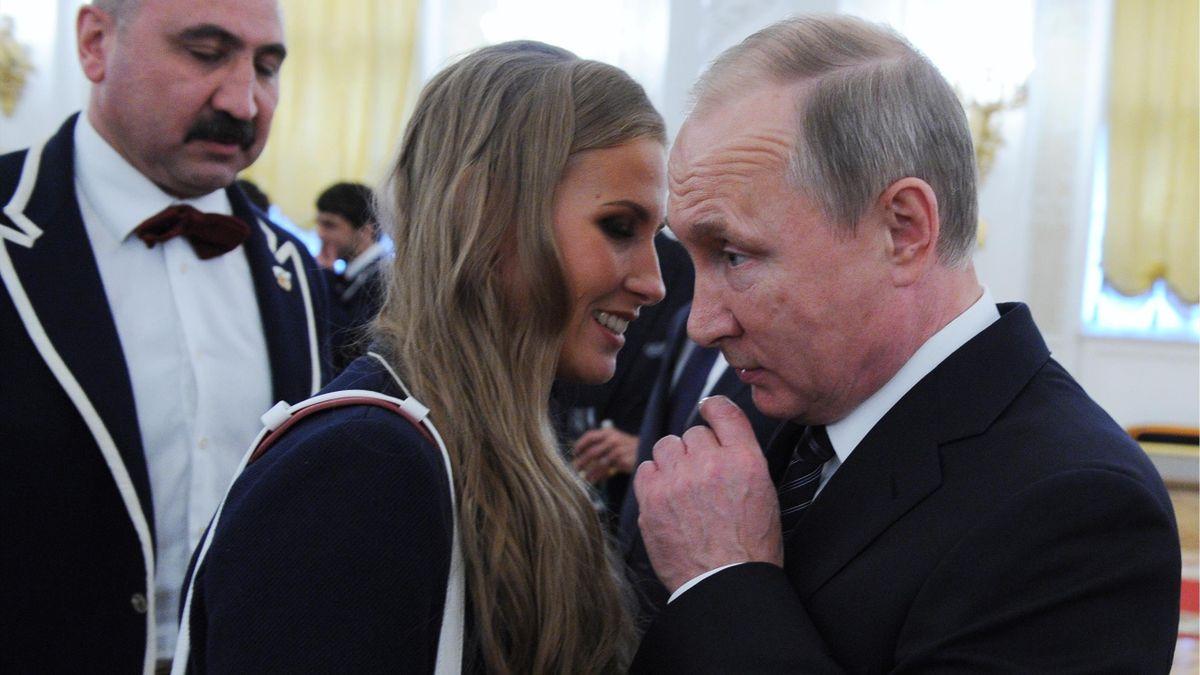 Синхронистка Алла Шишкина и президент России Владимир Путин