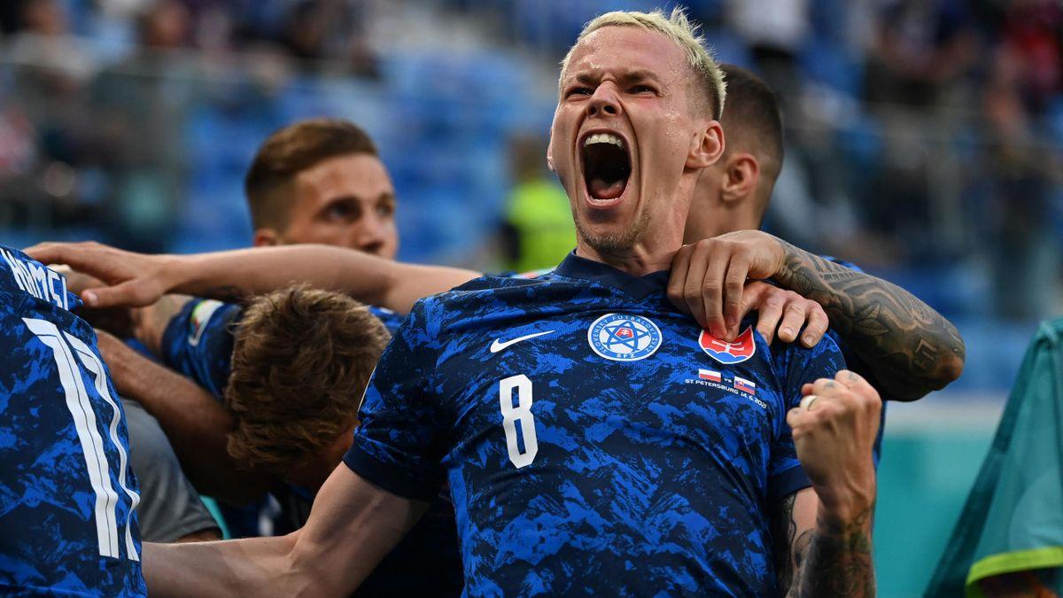 Slovakia's midfielder Ondrej Duda celebrates his team's second goal