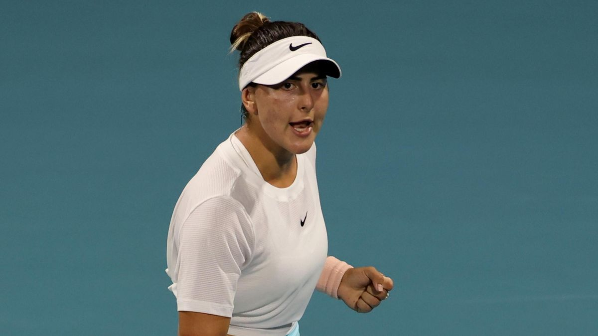 Bianca Andreescu battled into the last-16 of the Miami Open
