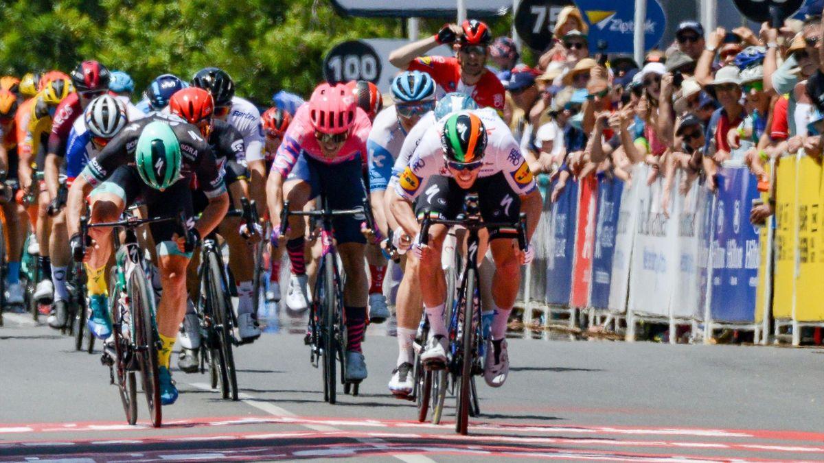 Sam Bennett remporte, au sprint, la première étape du Tour Down Under 2020