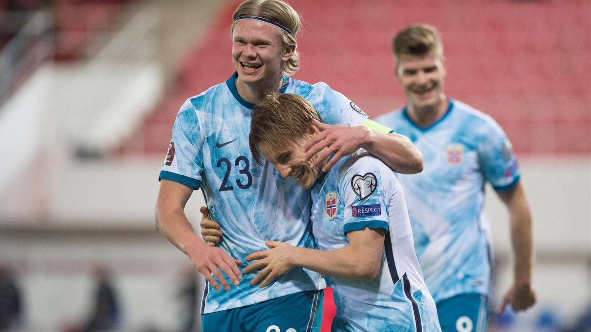 Norway's defender Jonas Svensson celebrates his goal against Gibraltar