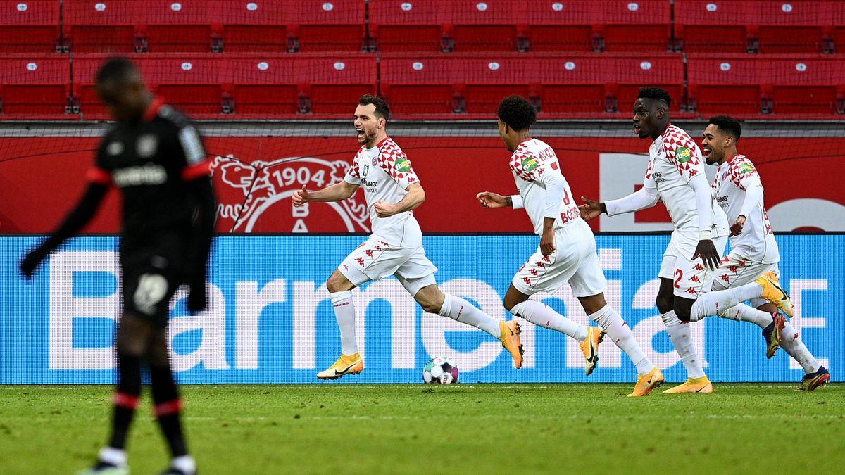 Großer Jubel in Leverkusen: Mainz feiert späten Punktgewinn