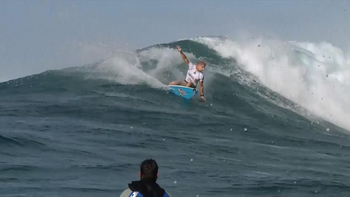 Mick Fanning's first ever win in Hawaii