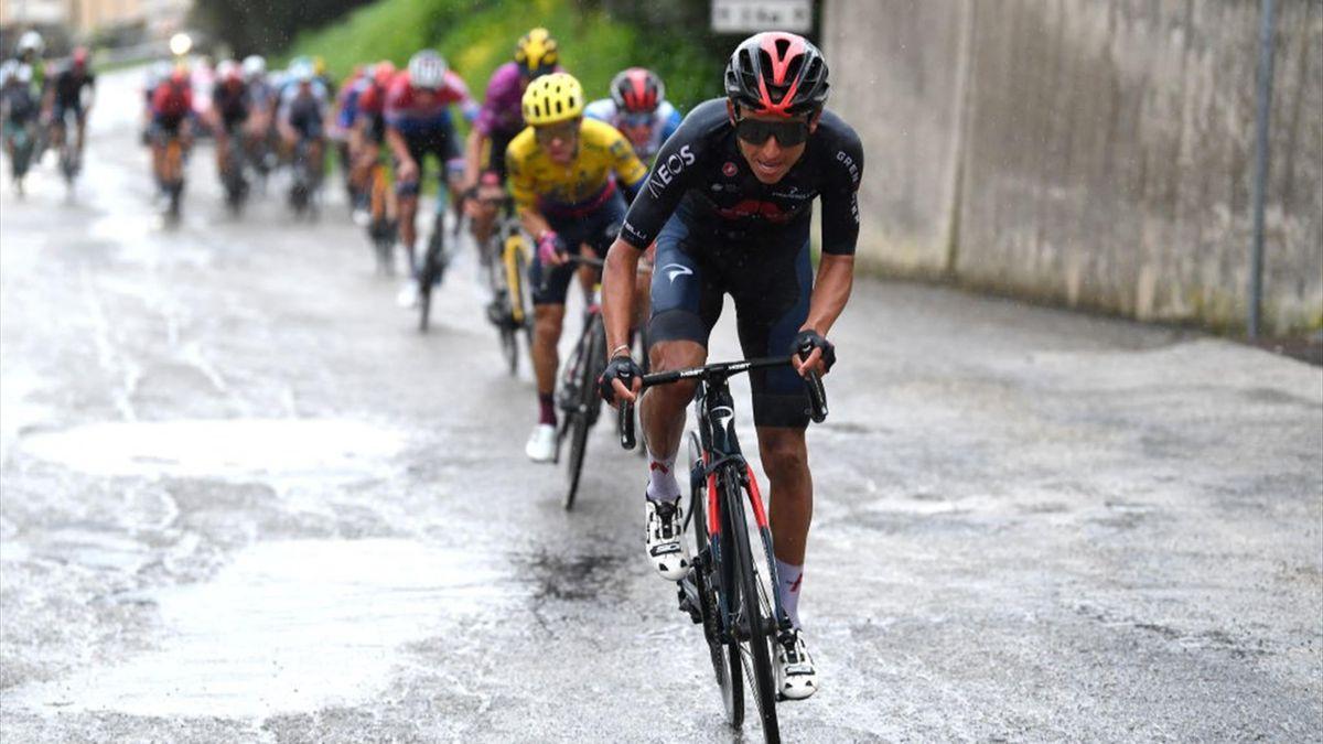 Egan Bernal attacca durante la 5a tappa della Tirreno-Adriatico 2021 - Getty Images