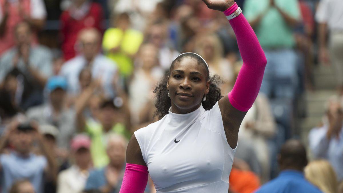 US Open: Serena Williams zieht ins Achtelfinale ein
