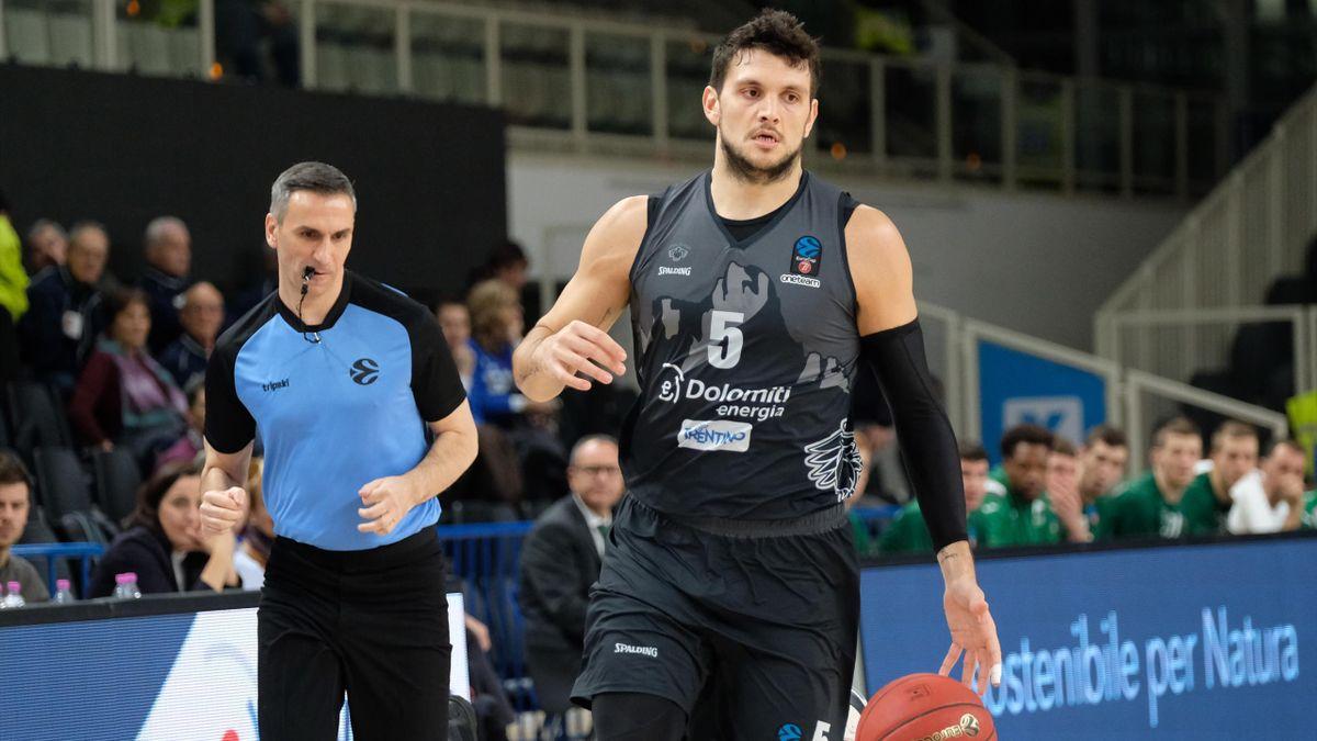 Alessandro Gentile, Aquila Trento