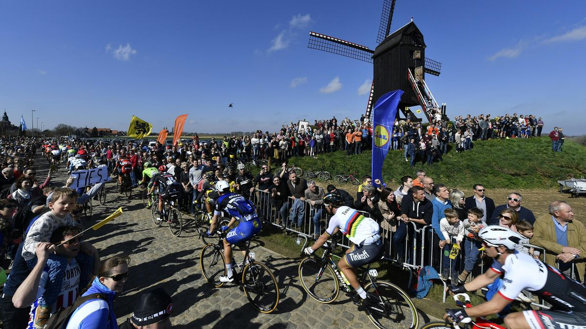 The pack of cyclists with Slovakian Peter Sagan of Tinkoff (C) ride in action at the 100th edition of the 'Ronde van Vlaanderen - Tour des Flandres - Tour of Flanders' one day cycling race, 255km from Zedelgem to Oudenaarde, on April 3, 2016