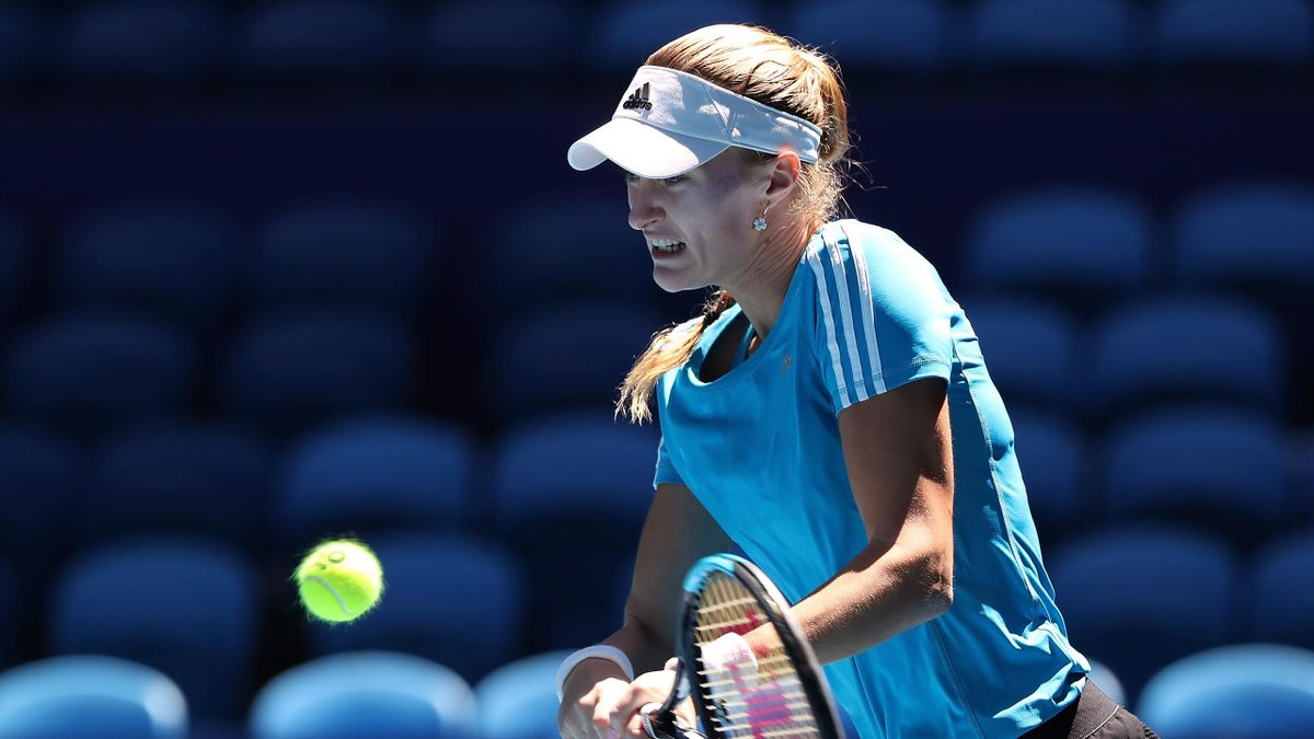 Kristina Mladenovic à l'entraînement avant France - Australie, finale de la Fed Cup