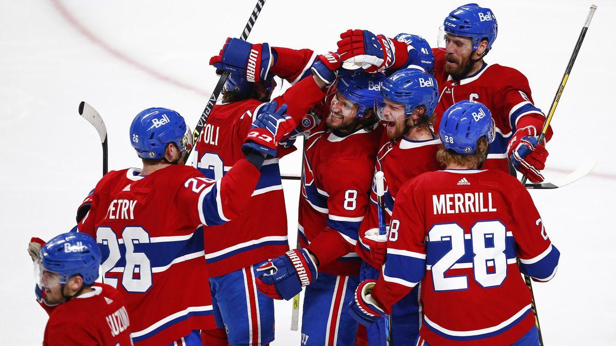Die Montreal Canadiens feiern den Siegtreffer in der Overtime