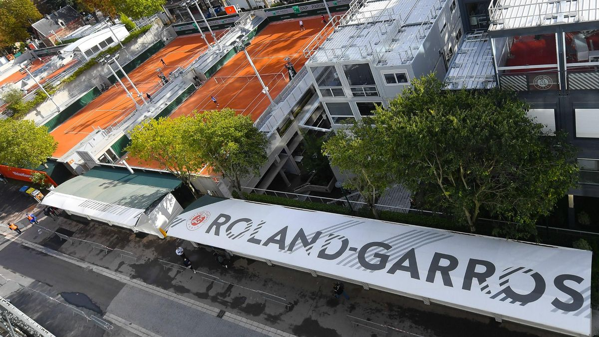 Vue sur le Stade Roland-Garros.