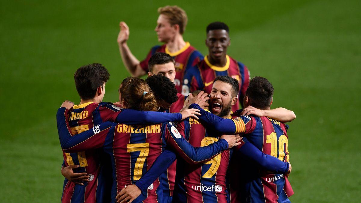 Il Barcellona festeggia il passaggio del turno
