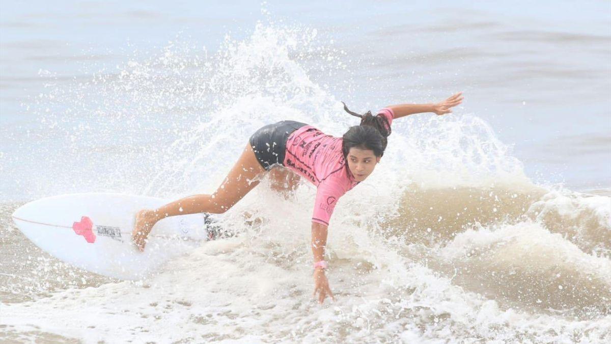 Katherine Diaz, Surf