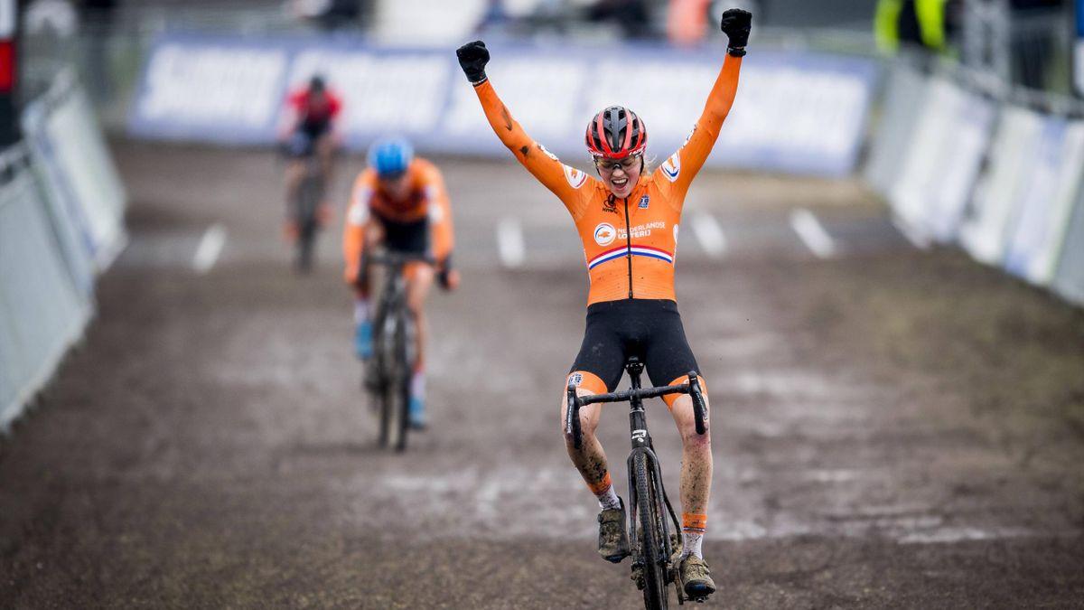 Fem van Empel - Cyclocross World Championship Ostende 2021 - Imago pub only in ITAxGERxSUIxAUT