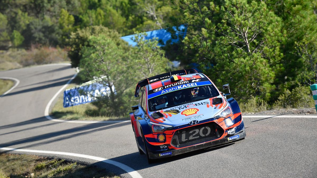Thierry Neuville (Hyundai) lors du Rallye d'Espagne 2019