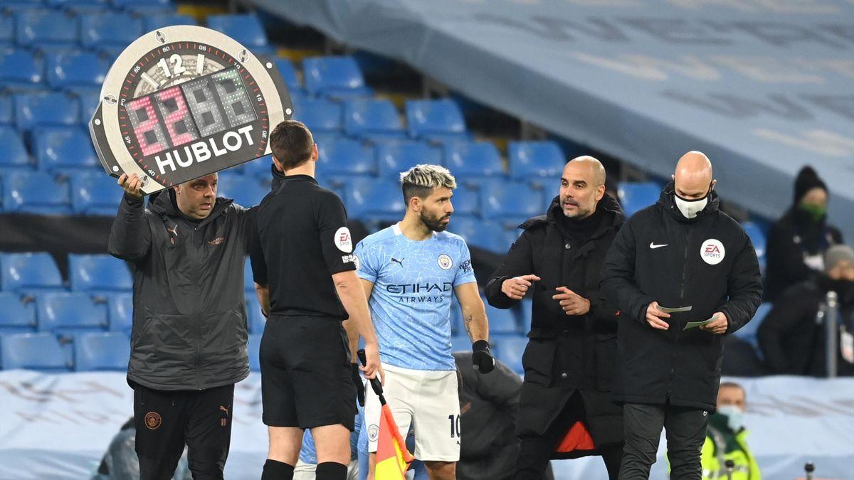 Manchester City wechselt im Spiel gegen West Bromwich Albion
