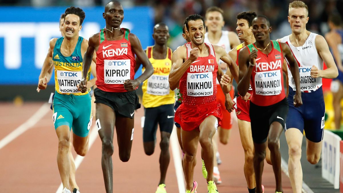 LONDON, ENGLAND - AUGUST 11: Elijah Motonei Manangoi of Kenya, Asbel Kiprop of Kenya and Sadik Mikhou of Bahrain compete in the Men's 1500 metres semi finals during day eight of the 16th IAAF World Athletics Championships London 2017 at The London Stadium