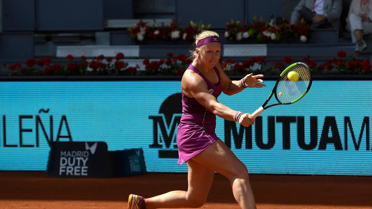Netherlands' Kiki Bertens returns the ball to France's Caroline Garcia during their WTA Madrid Open semi-final tennis match at the Caja Magica in Madrid on May 11, 2018.