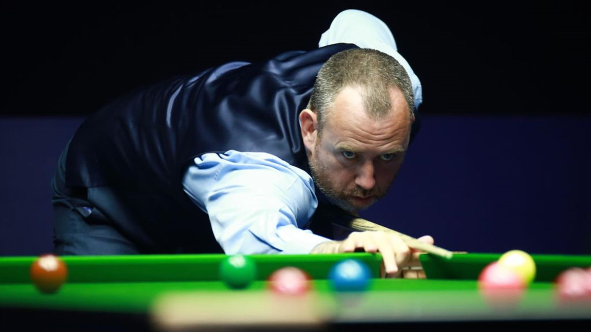 Mark Williams makes his way into round two of the English Open