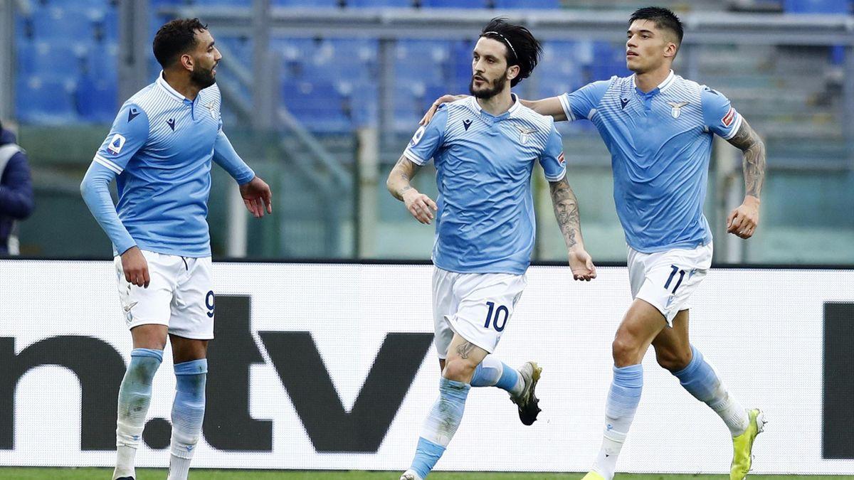 Serie A, Lazio-Crotone 3-2: Luis Alberto illumina, male Fares e Correa,  ottimi Simy, Ounas e Messias - Eurosport