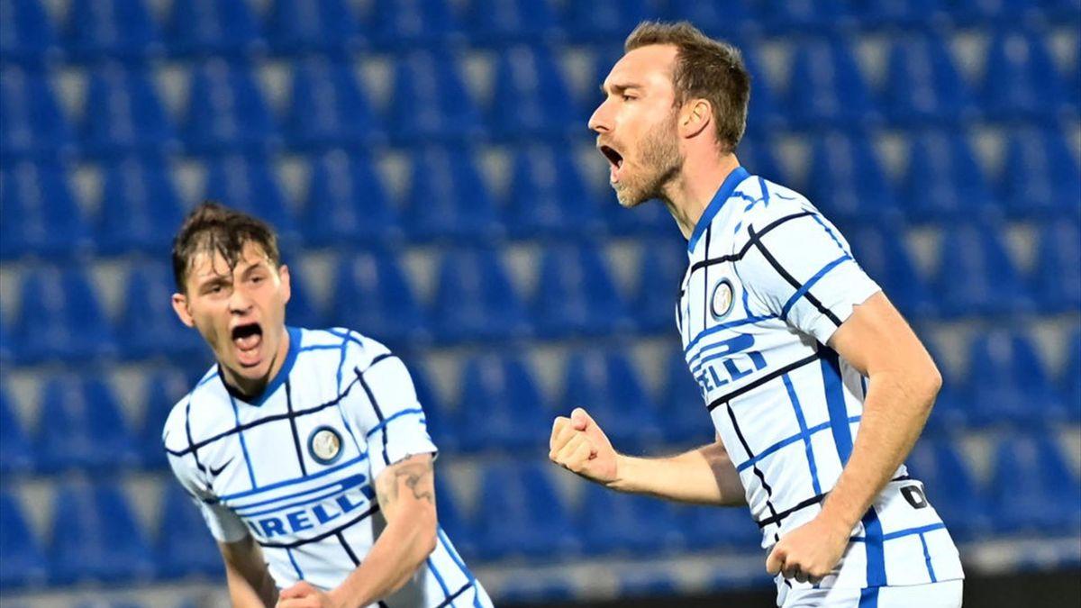 Christian Eriksen esulta dopo il gol - Crotone-Inter Serie A 2020-21