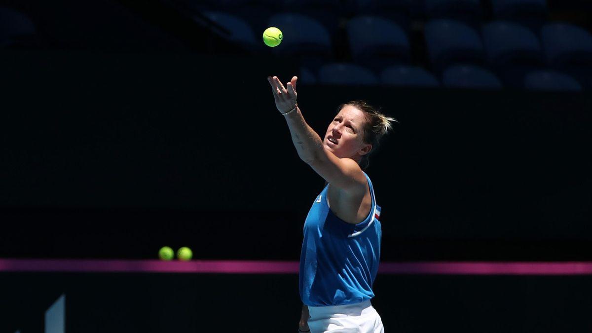 Pauline Parmentier à l'entraînement avant la finale de Fed Cup 2019 à Perth