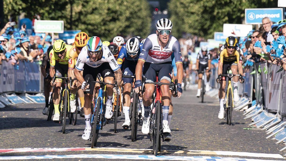 Groenewegen strijdt met Nizzolo en laat Pedersen voor in Ronde van Denemarken