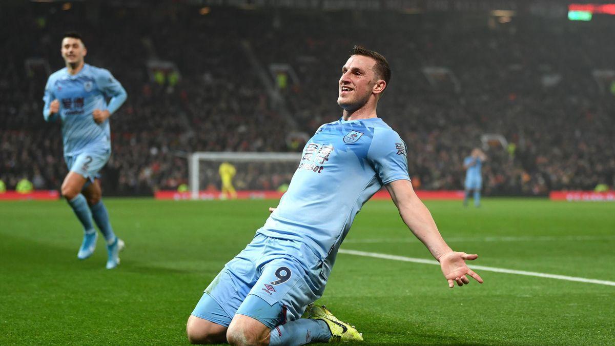 Chris Wood de la Burnley sărbătorește reușita împotriva celor de la Manchester United