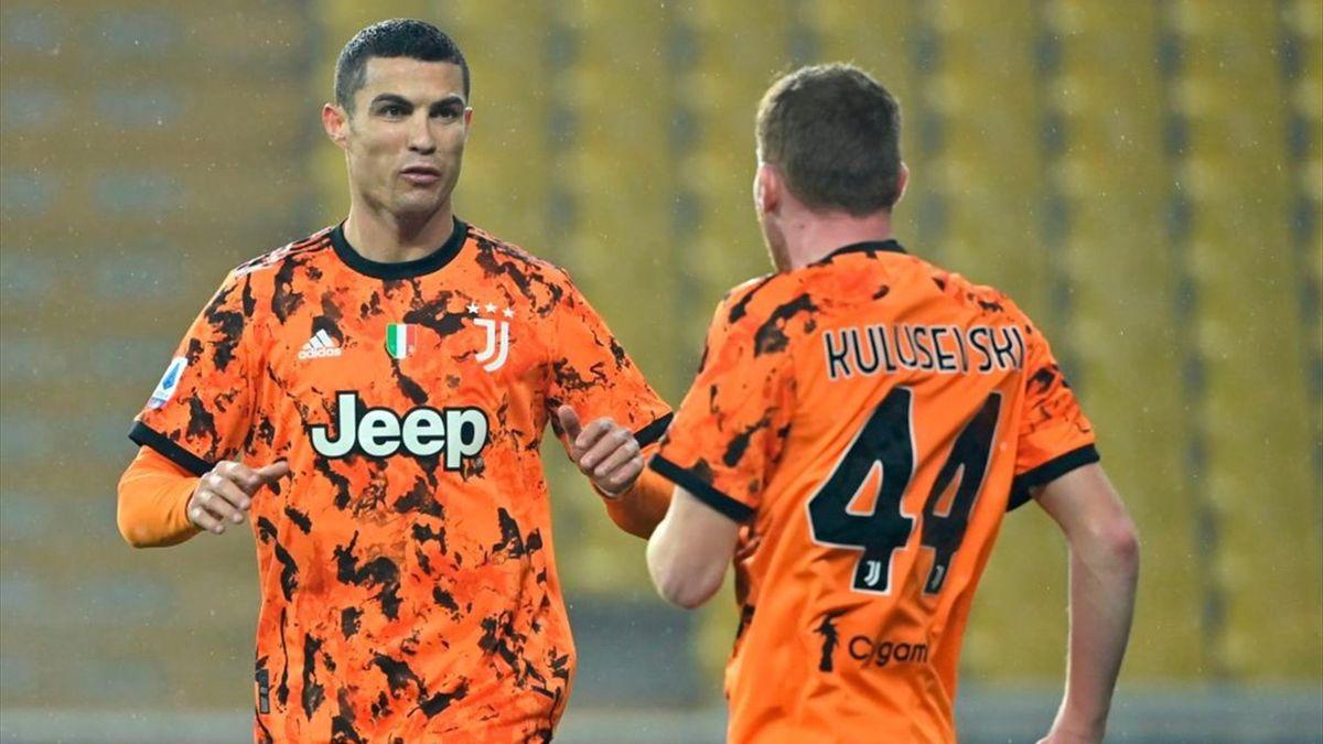 Cristiano Ronaldo e Dejan Kulusevski
