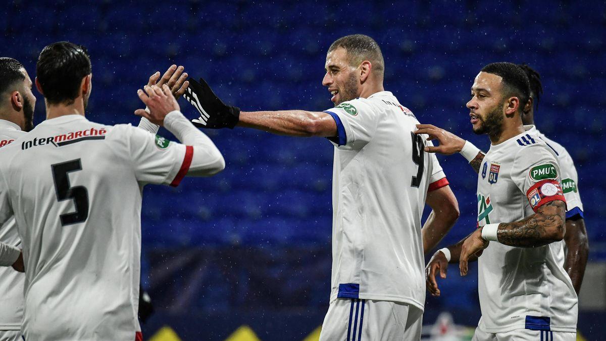 Islam Slimani fête son but lors du 32e de finale de Coupe de France opposant Lyon à Ajaccio, le 9 février 2021