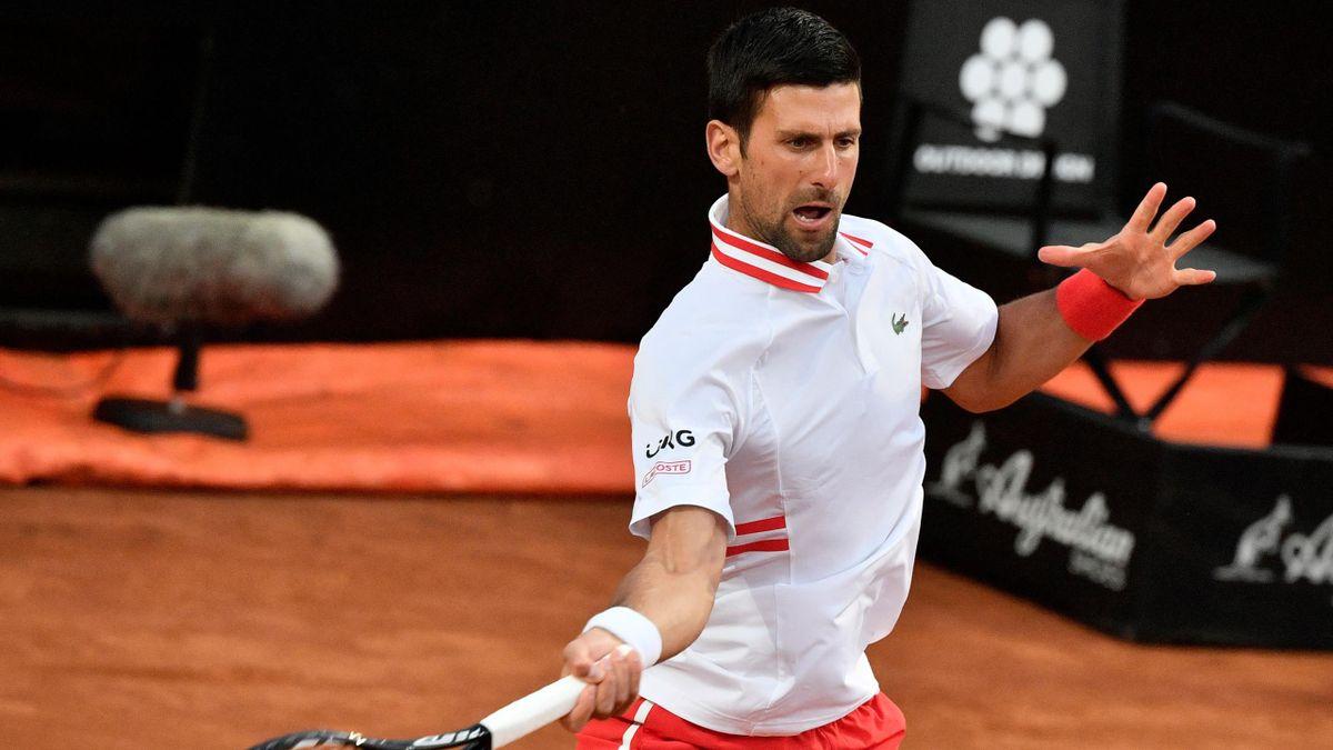 Novak Djokovic steht nach einer souveränen Leistung im Viertelfinale in Rom