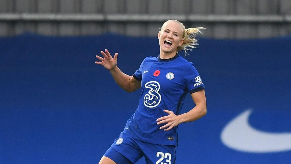 Pernille Harder of Chelsea celebrates